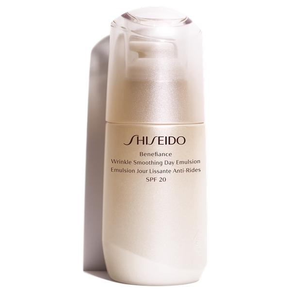 Shiseido Benefiance Wrinkle Smoothing Day Emulsion SPF20