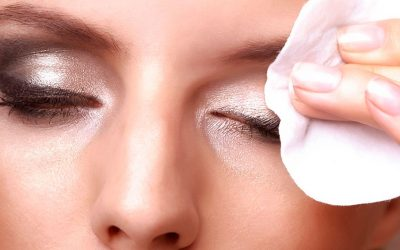 Do you know how to remove your makeup correctly?
